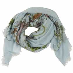 Scarf 140x140cm light blue